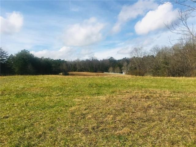 Lot <b>Size:</b> 23.82 Land style home in Buford