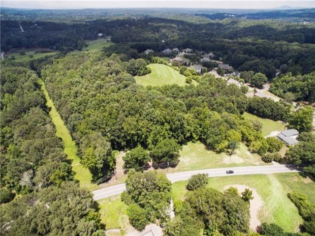 Lot <b>Size:</b> 22.02  Land style home in Milton