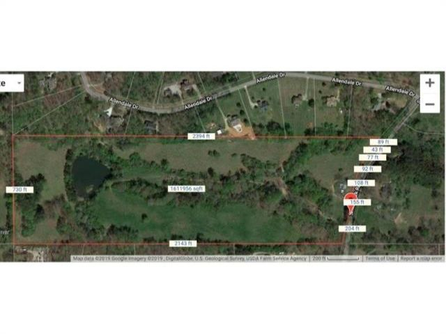 Lot <b>Size:</b> 37.57 Land style home in Canton