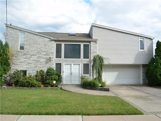 4 BR,  4.00 BTH Single family style home in Ward Hill