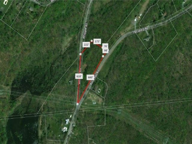 Lot <b>Size:</b> 3.1  Land style home in Walkill