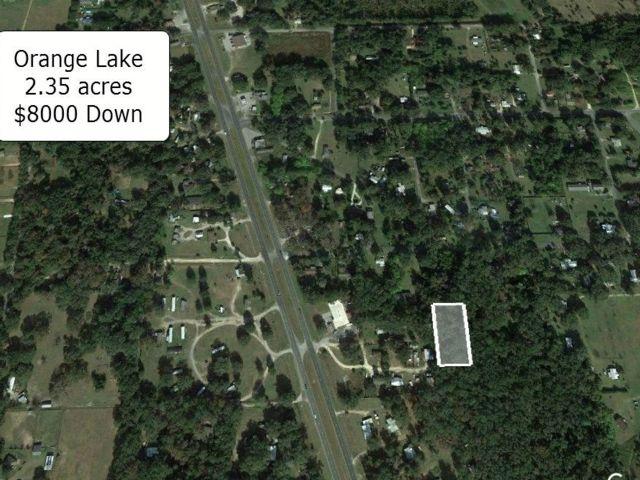 Lot <b>Size:</b> 2.35 Land style home in Reddick