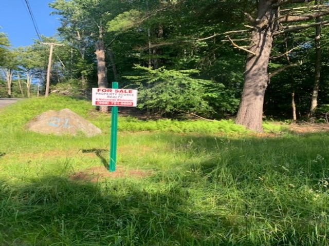 Lot <b>Size:</b> 0.56 Land style home in Smallwood