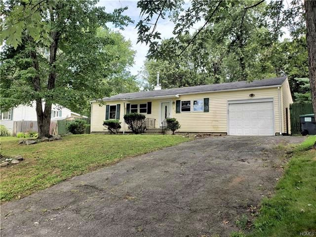 3 BR,  1.00 BTH Ranch style home in Warwick