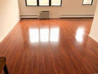 3 BR,  2.00 BTH  style home in Rego Park