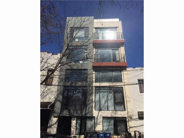 Studio,  0.00 BTH  Multi-family style home in Greenpoint