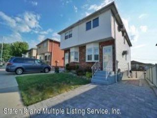 3 BR,  3.00 BTH  Single family style home in Eltingville