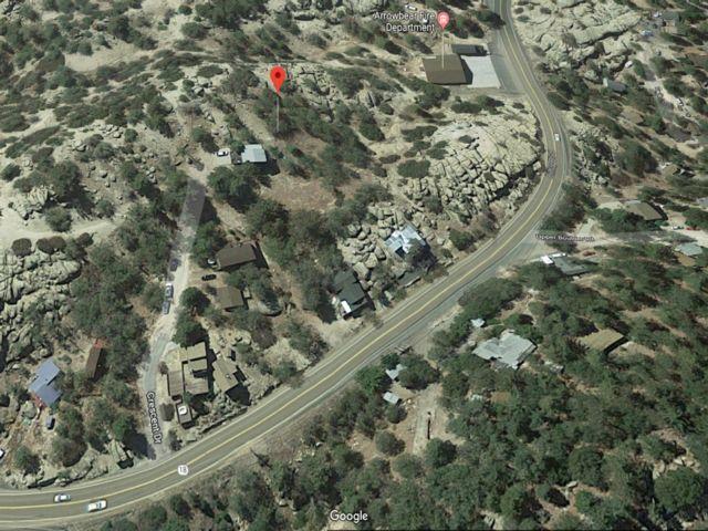 Lot <b>Size:</b> 0.07 Land style home in Arrow Bear Pk