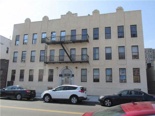 Studio,  0.00 BTH  Mixed use style home in Coney Island