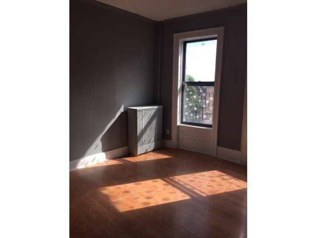 3 BR,  1.00 BTH  style home in Sunset Park