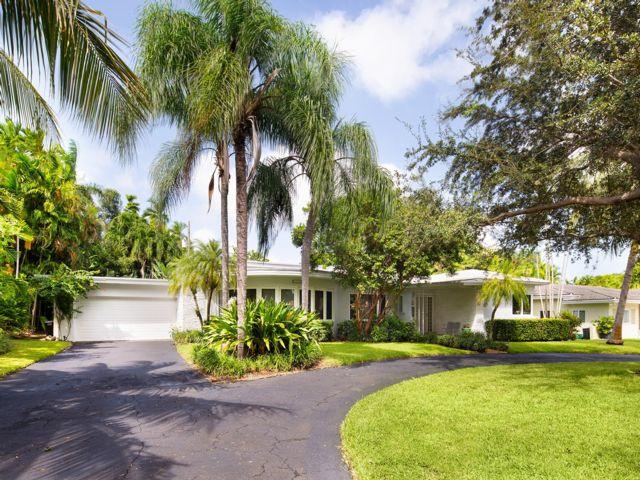 4 BR,  3.00 BTH  style home in Miami Shores