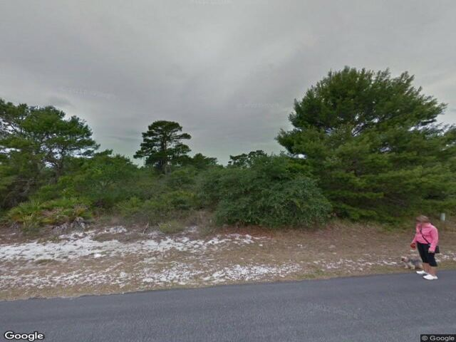Lot <b>Size:</b> 0.29 Land style home in Sebring