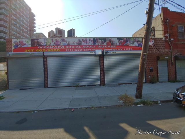 Studio,  0.00 BTH Business style home in Coney Island
