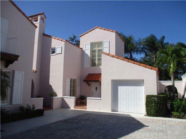 [Jackson Heights Real Estate, listing number 6929116]