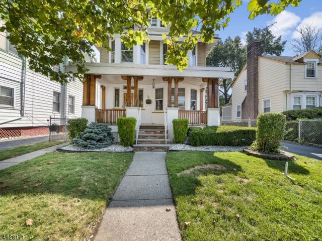 4 BR,  1.50 BTH  Custom home style home in East Orange