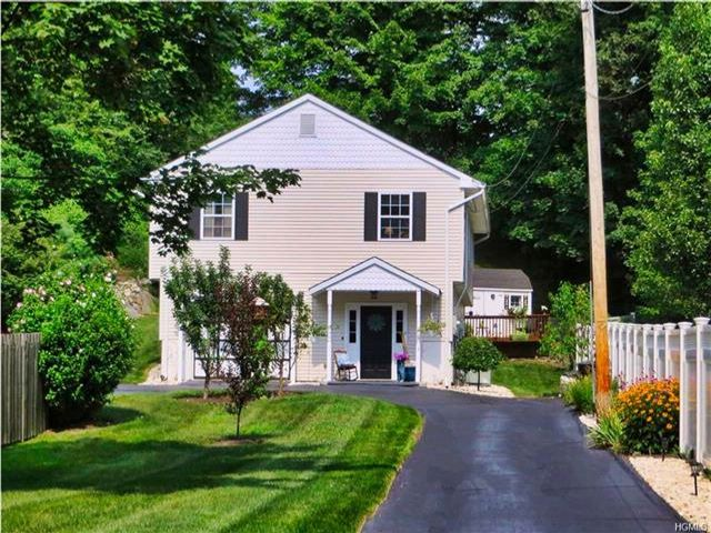 3 BR,  2.00 BTH  Raised ranch style home in Sloatsburg