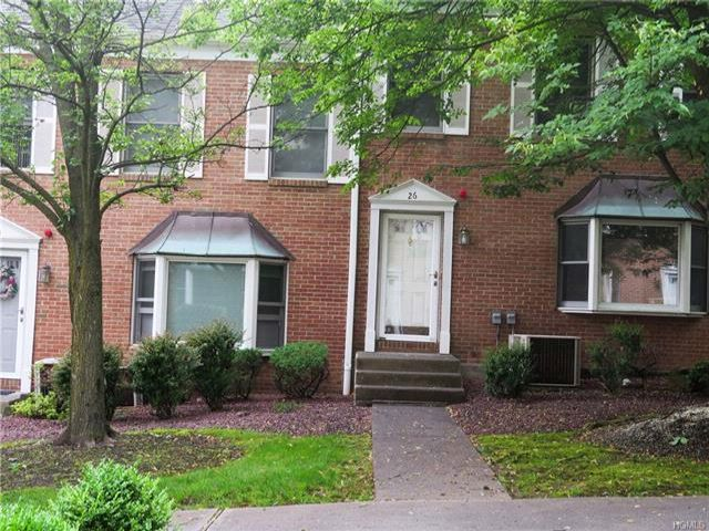 3 BR,  2.50 BTH Town house style home in Congers