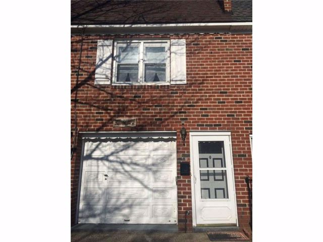 3 BR,  1.00 BTH Single family style home in Dongan Hills-above Hylan