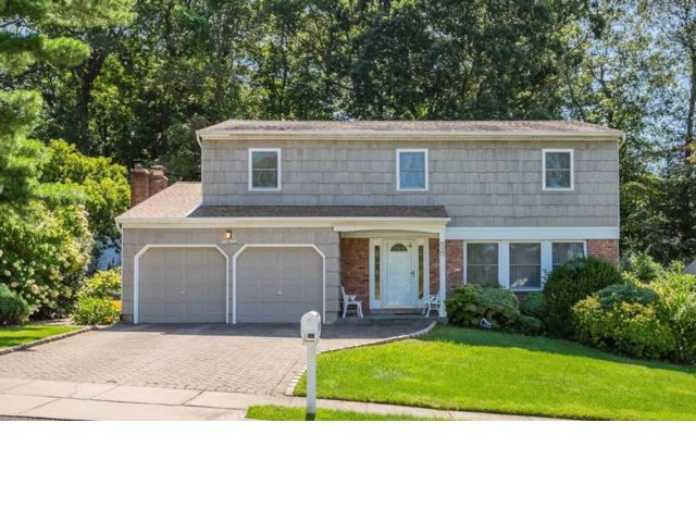[Syosset Real Estate, listing number 6930273]