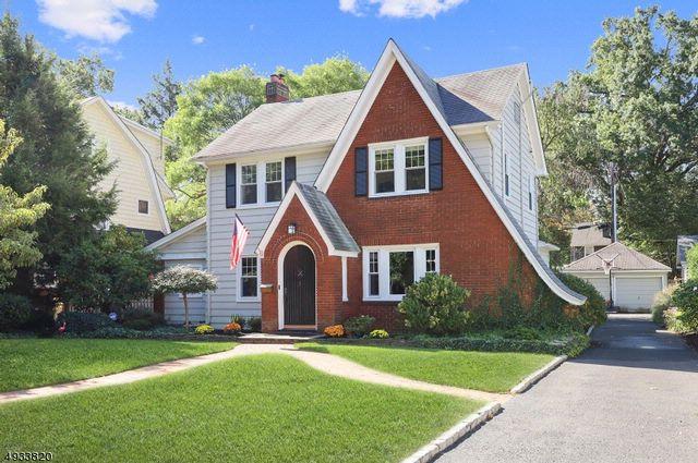 3 BR,  2.50 BTH Tudor style home in Montclair