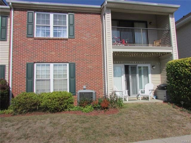 2 BR,  2.00 BTH  Apartment style home in Washingtonville