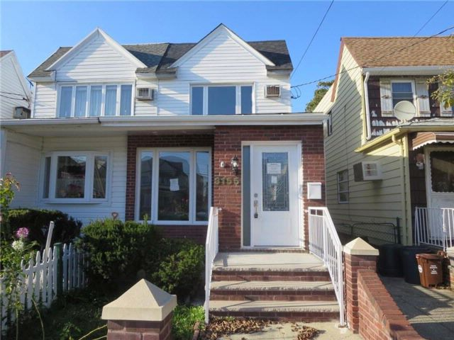 2 BR,  1.50 BTH  Single family style home in Gerritsen Beach