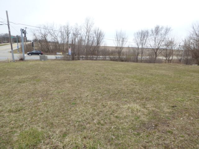 Lot <b>Size:</b> 0.26 Land style home in Orland Park