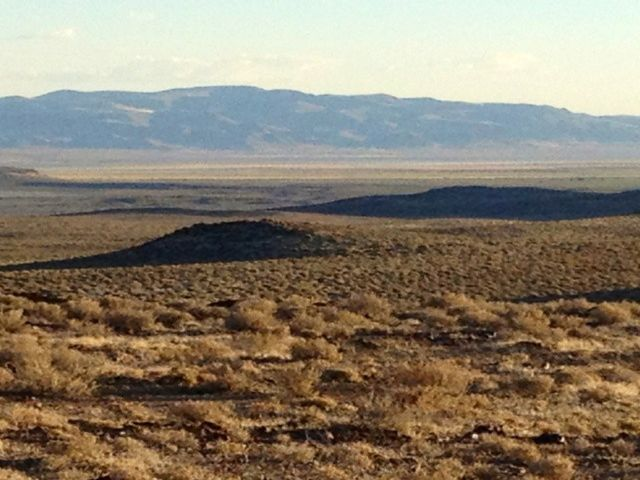 Lot <b>Size:</b> 42 Land style home in Lovelock
