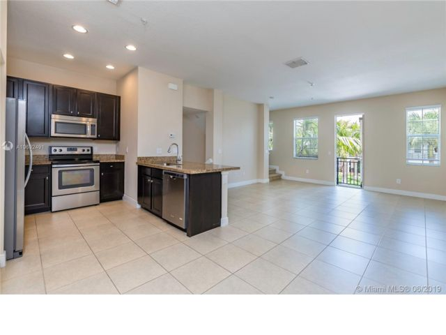 3 BR,  3.50 BTH  Townhouse style home in Miramar