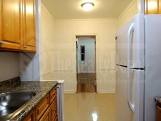 1 BR,  1.00 BTH   style home in North Richmond Hill