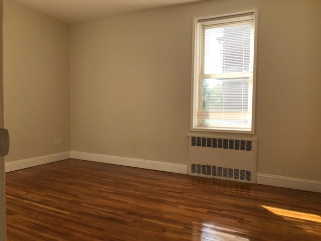 1 BR,  1.00 BTH  Co-op style home in Bensonhurst