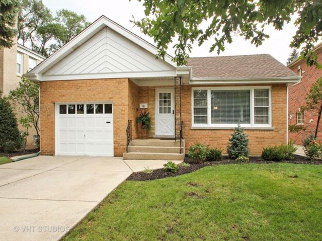 3 BR,  2.00 BTH  Ranch style home in Park Ridge