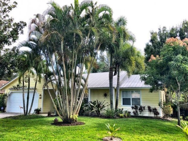 3 BR,  2.00 BTH House style home in Port Saint Lucie