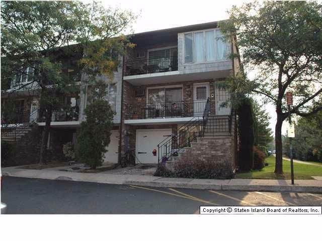 3 BR,  2.00 BTH  Condominium style home in Heartland Village