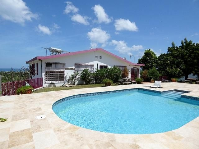 3 BR,  3.50 BTH  style home in Vieques
