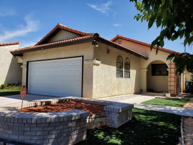 2 BR,  2.00 BTH   style home in Las Vegas