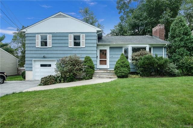 4 BR,  2.00 BTH  Split level style home in White Plains