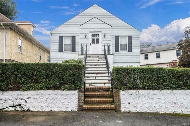 3 BR,  2.00 BTH Capecod style home in White Plains