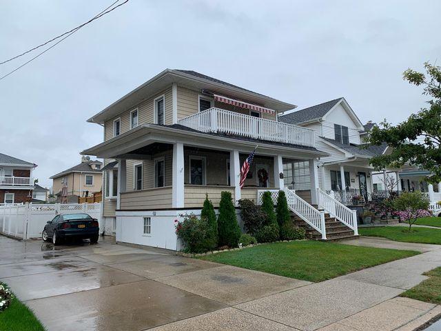 [Belle Harbor Real Estate, listing number 6933549]