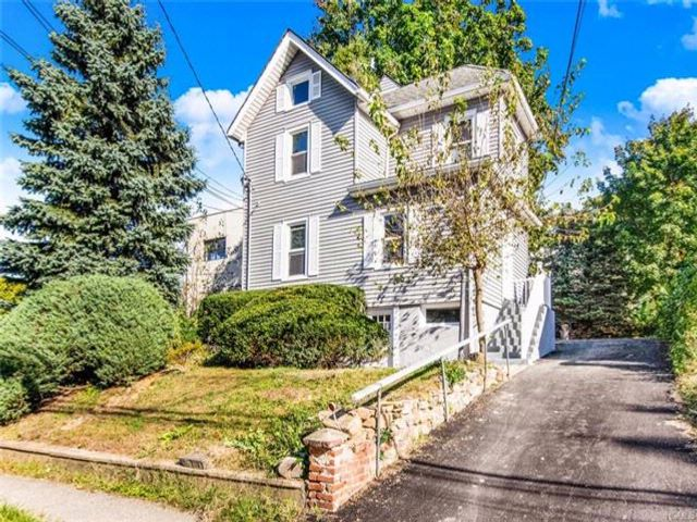 3 BR,  2.00 BTH Other/see remar style home in Elmsford