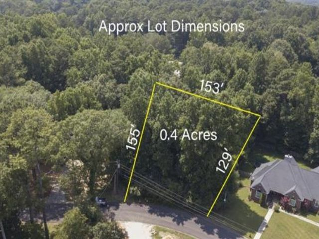Lot <b>Size:</b> 0.4  Land style home in Lilburn