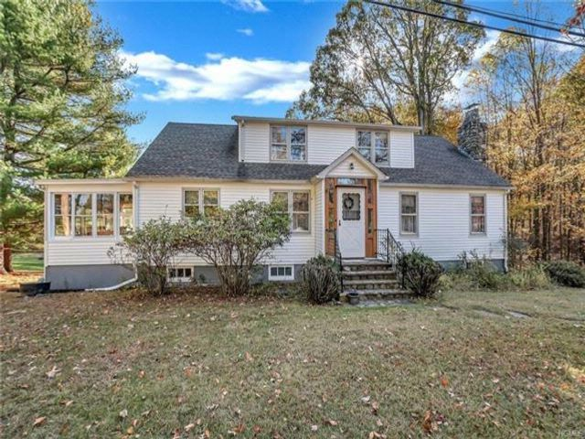 4 BR,  1.00 BTH Capecod style home in Campbell Hall