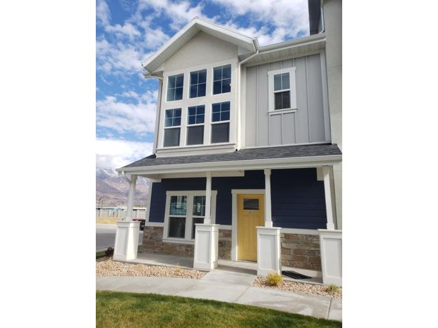 3 BR,  2.50 BTH  Townhouse style home in Orem
