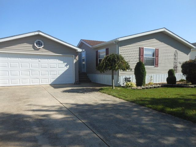 Lot <b>Size:</b> 0 Land style home in Matteson