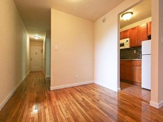 Studio,  1.00 BTH  style home in Flushing