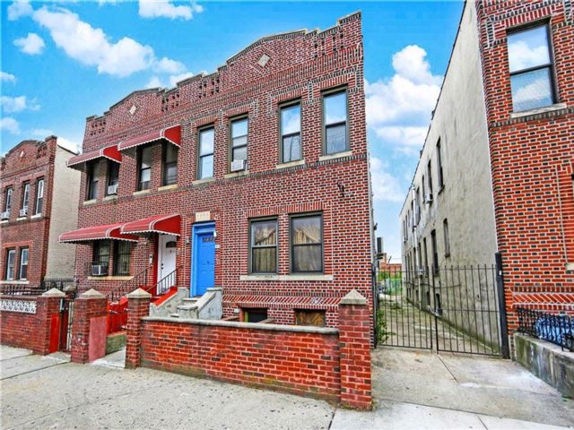 7 BR,  5.00 BTH  Multi-family style home in East Flatbush