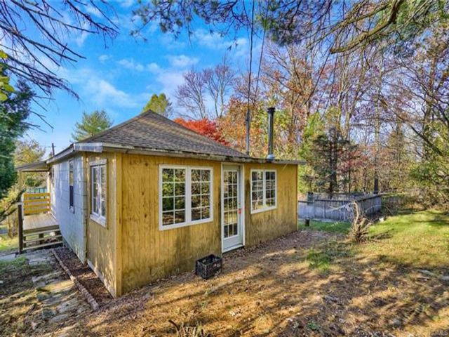 2 BR,  1.00 BTH Bungalow style home in Bloomingburg