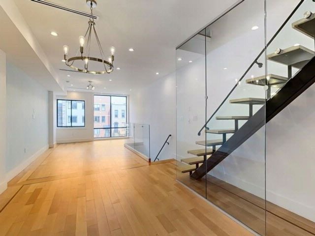 6 BR,  8.00 BTH Multi-family style home in Crown Heights
