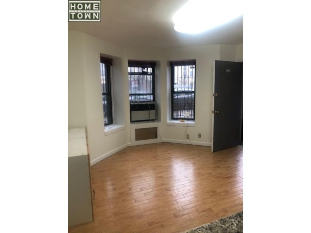 Studio,  0.00 BTH  Office space style home in Bay Ridge