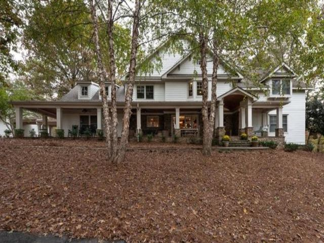 Lot <b>Size:</b> 52 Land style home in Woodstock